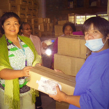 Donating nappies to babies in the Philippines